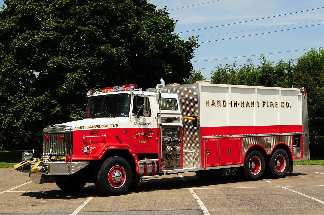 Bird in Hand Tanker 4-1 1989   GMC Autocar/ Allegheny Fire Apparatus 1750/ 4300