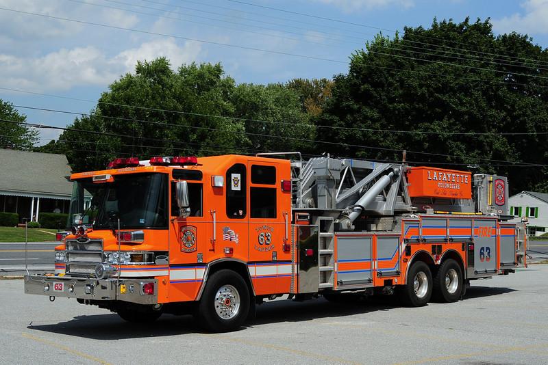 Lafayette Truck 63   2007 Pierce Quantum 95ft