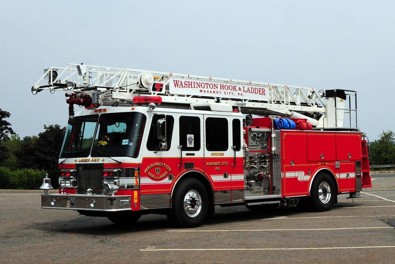 Washington Hook & Ladder   Ladder 467  1993 Simon Duplex  1500/ 500  75ft  Ex- George Clay, Pa