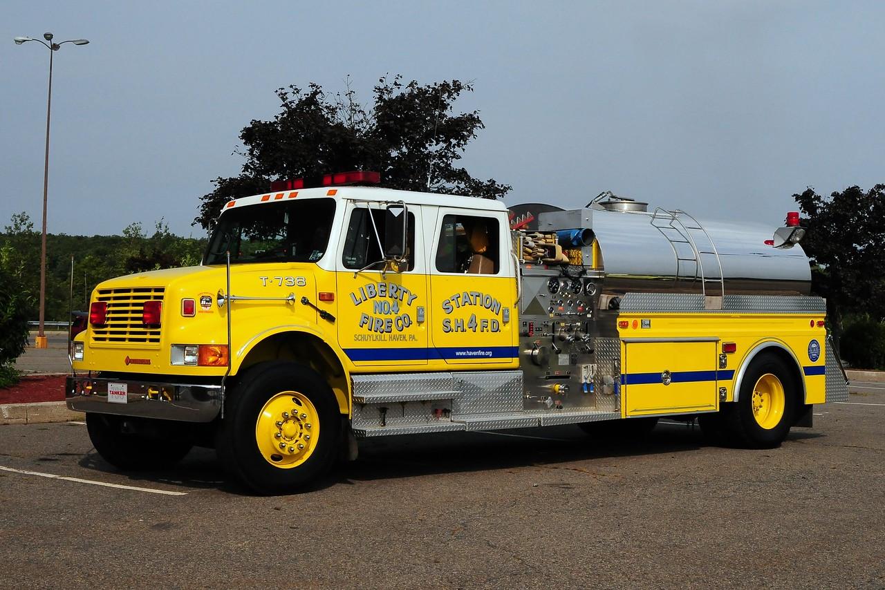 Liberty Fire Co# 4 Tanker  738  1992  International / 4 Guys  750/ 2000