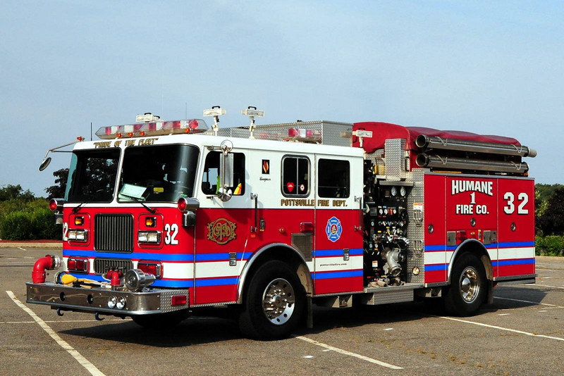 Pottsville   Engine  32  1999 Seagrave  2250/ 500/ 30