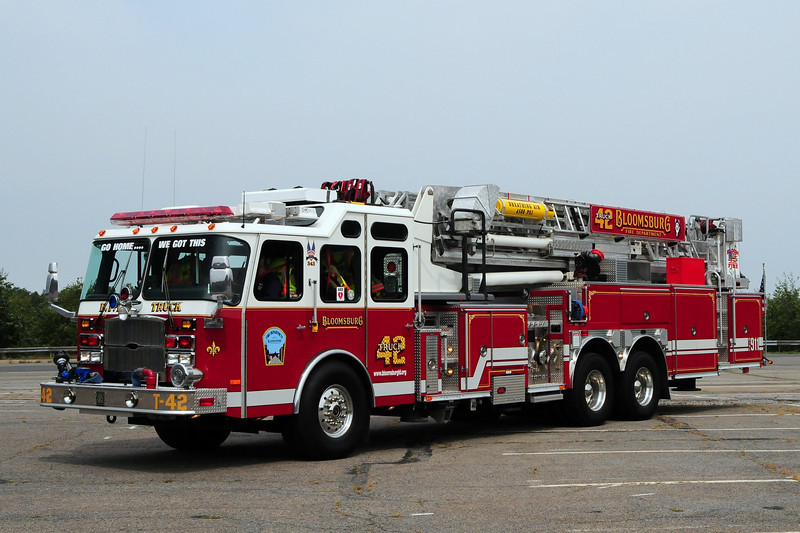 Bloomsburg  Fire Dept  Truck 42   2005 Emergency-One  2000/ 300 95ft Mid-Mount