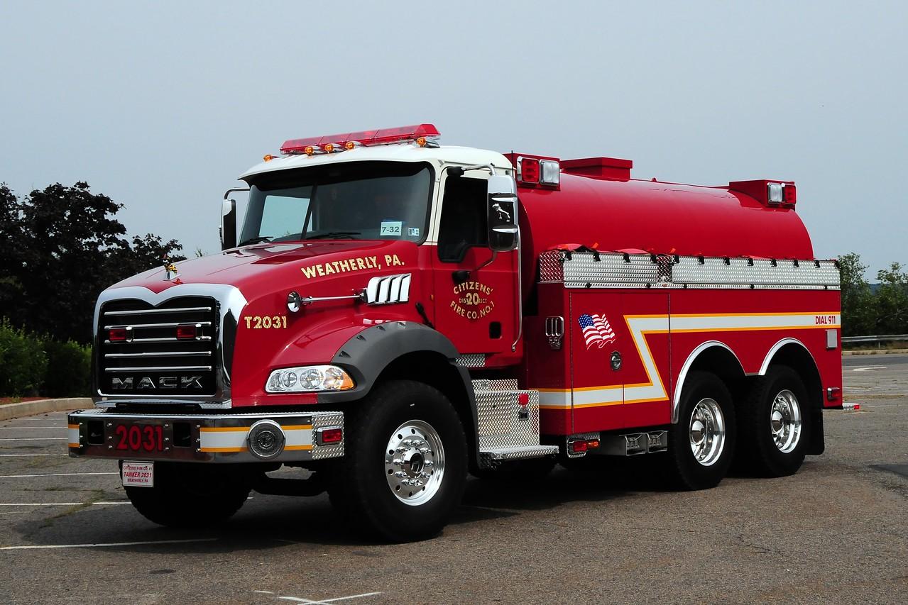 Citizens Fire Co  Tanker 2031 2010 Mack Granite/ KME 500/ 3000