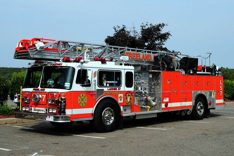 Freeland  Fire Dept   Ladder  57  1980 Seagrave   1250/ 150 100FT
