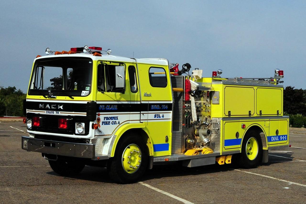 Phoenix Fire Co  Engine 704  1981 Mack MS/Ward 79  750/ 500 Ex-Tamaqua