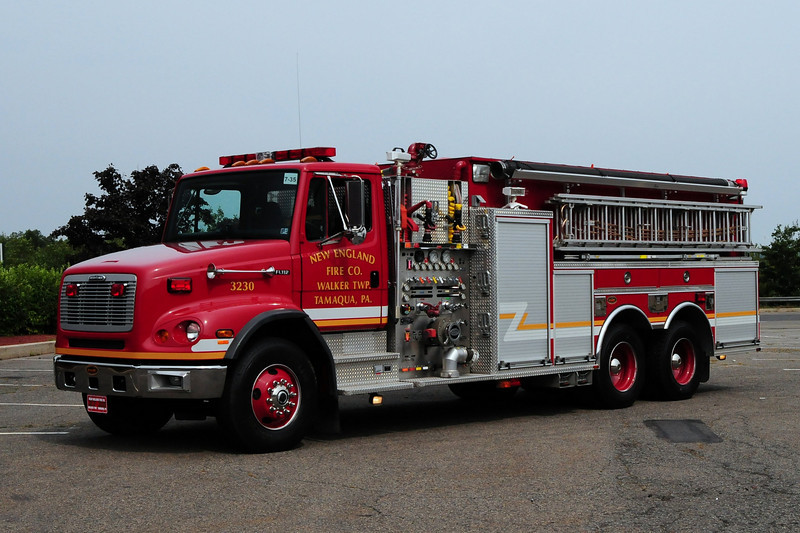 New England Fire Co  Tanker 32-30  2001 Freighliner/KME 2000/ 3000