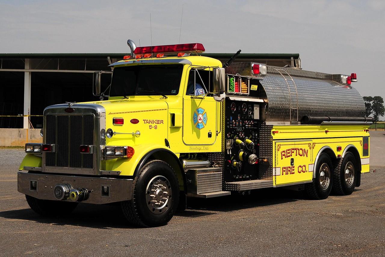 Refton Fire Co Strasburg Tanker 5-9 1998 Peterbuilt 1500/ 3500