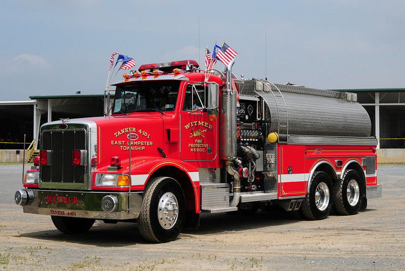 Witmer Fire Co  Tanker  4-10-1  1994 Peterbuilt  / New Lexington  1750/  3000