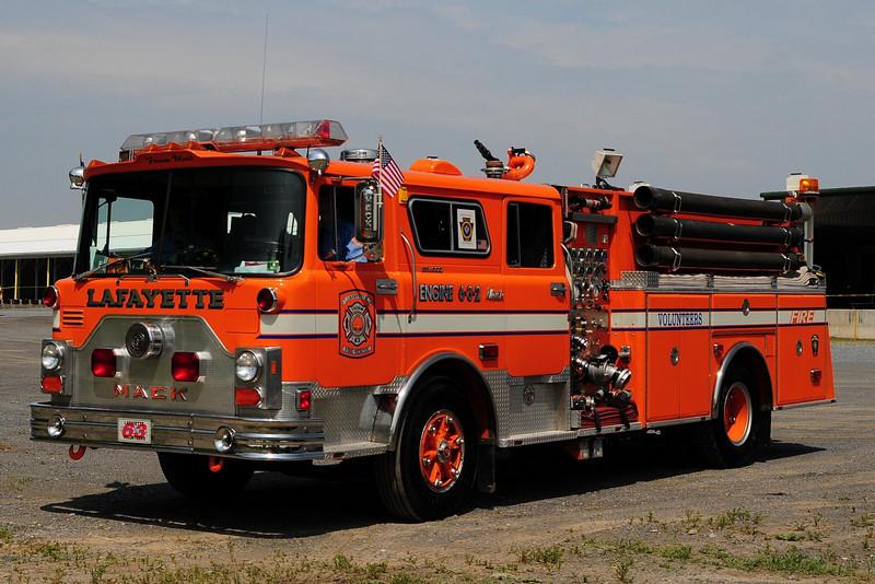Lafayette    Foam Engine  6-3-2   1978 Mack CF 1500/ 500/  410 Foam