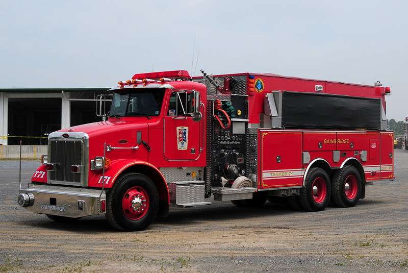 Bainbridge   Tanker 71  2001 Peterbuilt / New Lexington  1750/ 3000