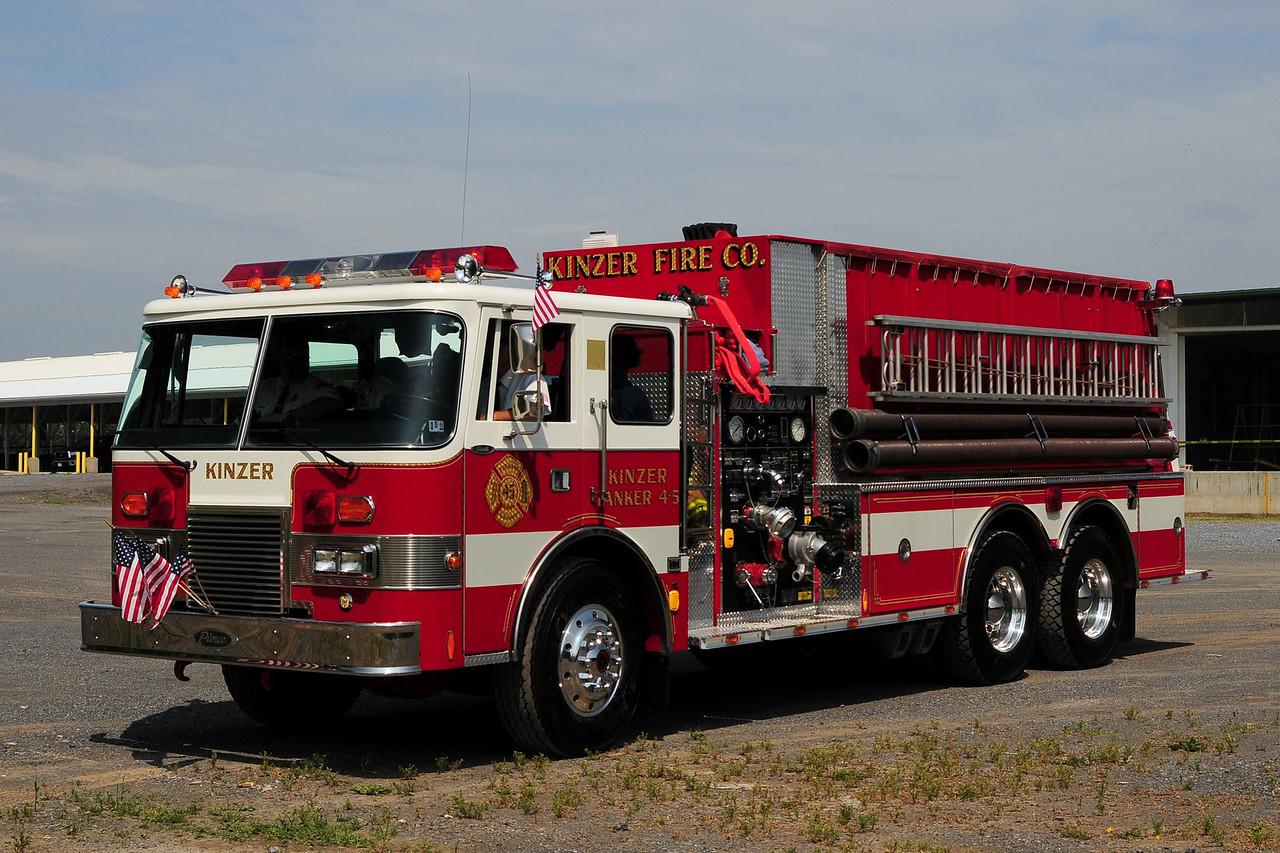 Kinzer Fire Co  Tanker 4-5  1991 Pierce Dash  1500/ 3000