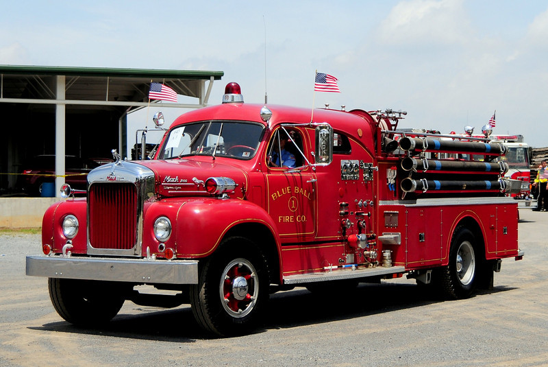 Blue Ball Fire Co   Engine  3-2-1   1957 Mack B-85   750/ 500