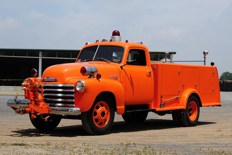 Lafayette    1949 Chevy  500/   This  is  the  Department s  first new  Apparatus they  Bought