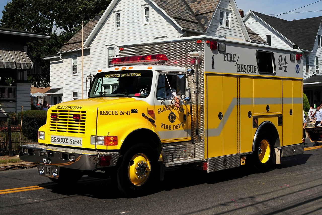 Slatington  Fire Dept   Rescue  2441  1996 International / KME