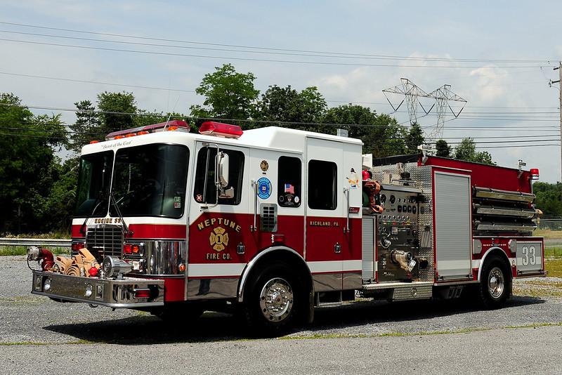 Neptune Fire Co  Engine 33  1998 HME/ New Lexington  1550/ 1250