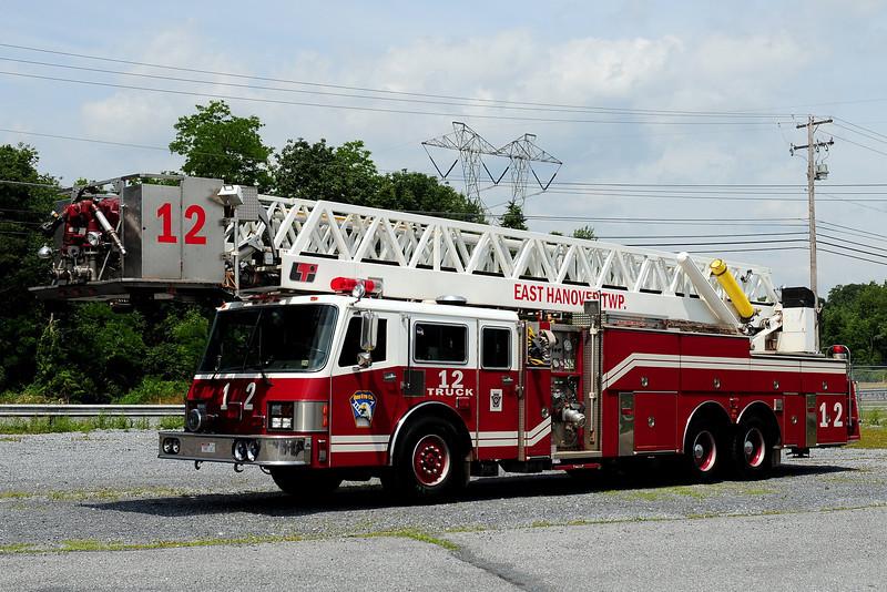 Ono Fire Co  Truck  12  1990 Simon-Duplex / LTI 2000/ 200 100ft