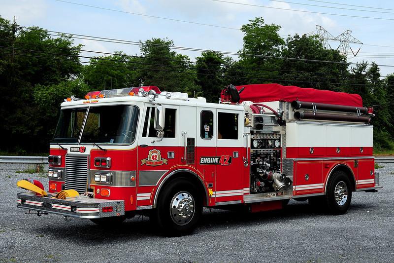 Glenn Lebonan Fire Co  Engine 42  1990 Pierce  Lance  1250/ 500  ex-Myersdale,Pa