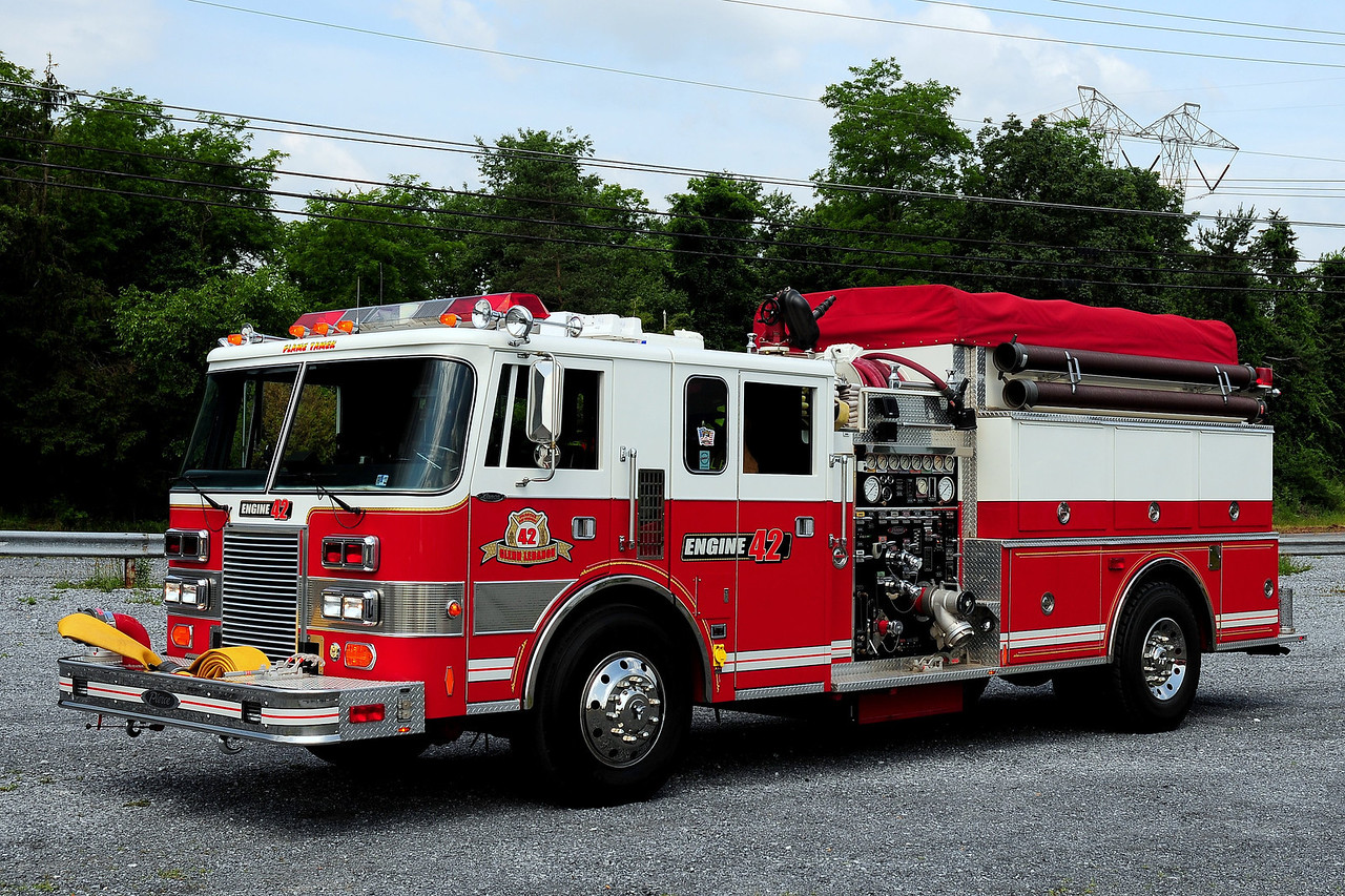 Glenn Lebonan Fire Co  Engine 42  1990 Pierce  Lance  1250/ 500  ex-Myersdale,Pa