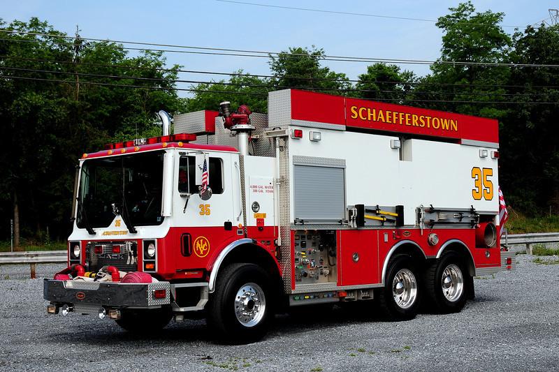Schaefferstown Fire Co  Tanker 25  2001 Mack /KME  4000