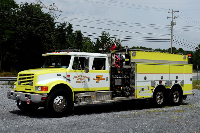 Union Waterworks Fire Co   Engine 7  1999 Freightliner/ New Lexington  1750/ 2000/ 20 class A foam