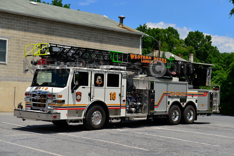 WESTERN BERKS FIRE RESCUE LADDER 18 SOUTH HEIDELBERG, PA