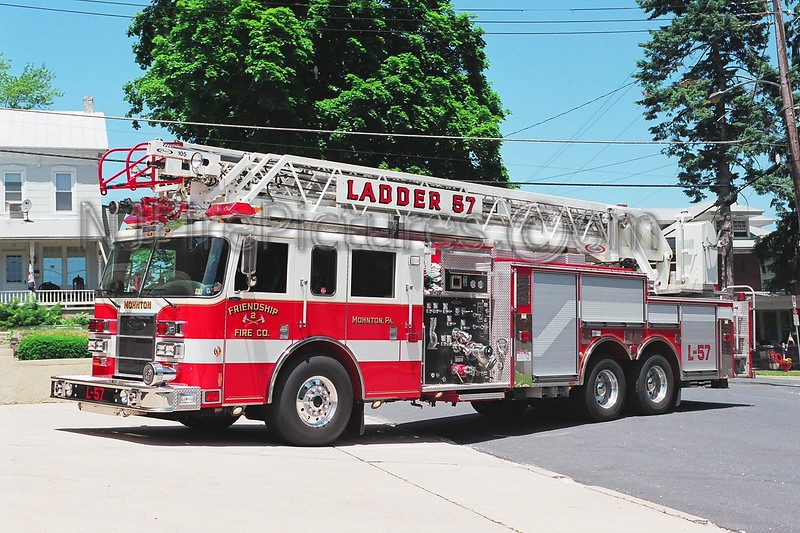 Mohnton Ladder 57 - 2002 Pierce Dash 1500/400/105'