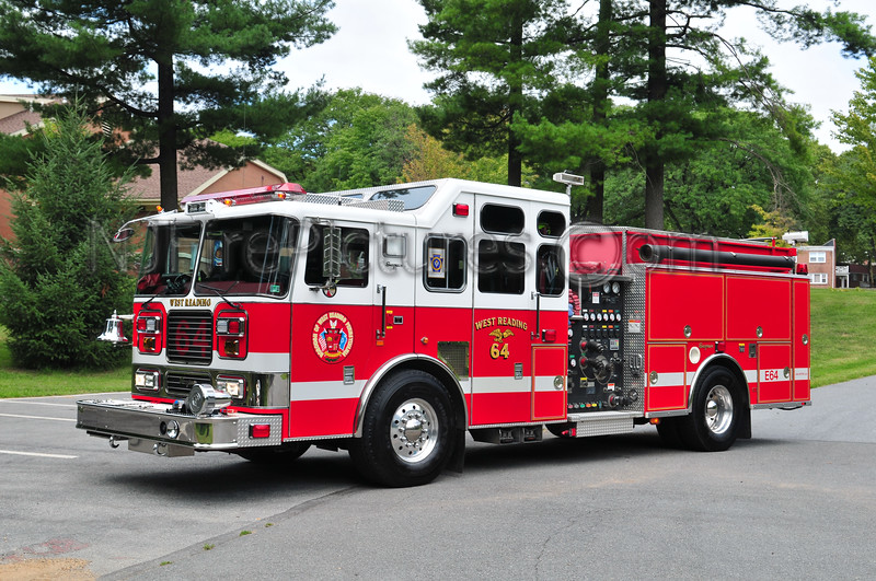 West Reading, PA Engine 64 - 2000 Seagrave 1500/500/40