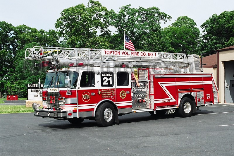 Topton Ladder 21- 2002 E-ONE Cyclone II 2000/500/75'