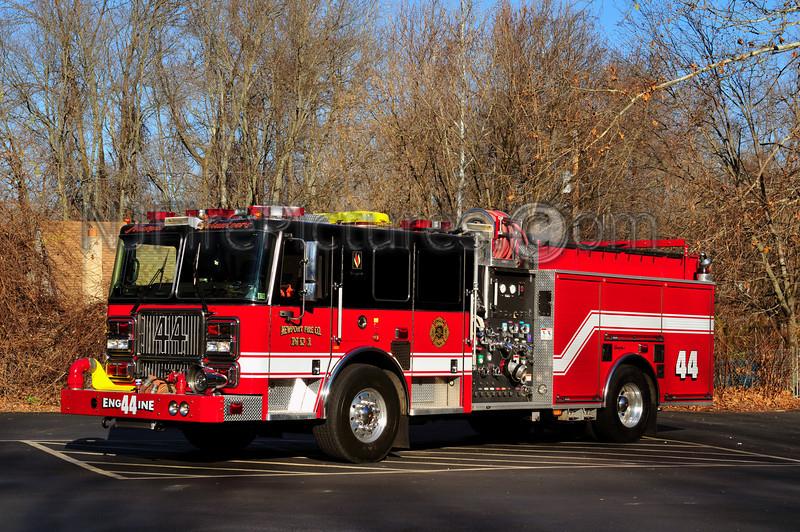BENSALEM TWP (NEWPORT FIRE CO.) ENGINE 44