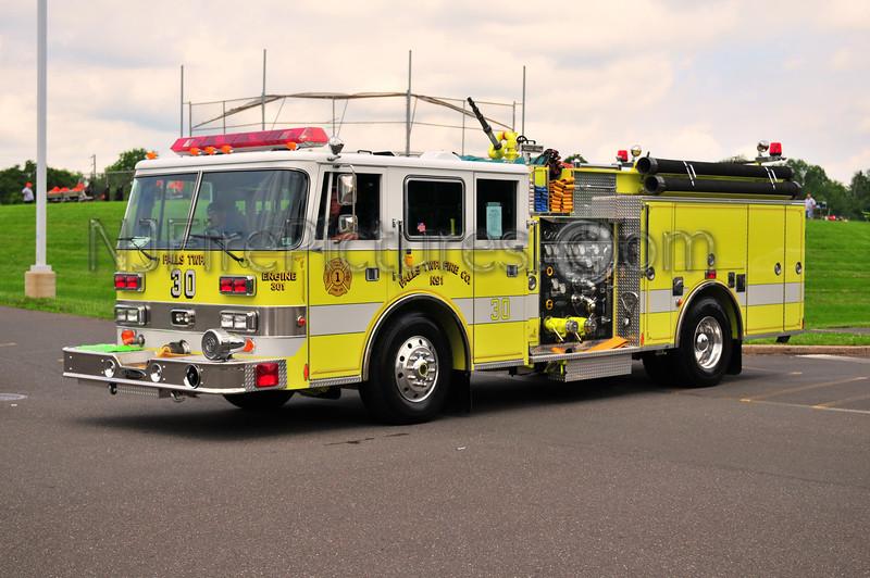 Falls Twp Engine 30-1 - 1993 Pierce Arrow 1250/500