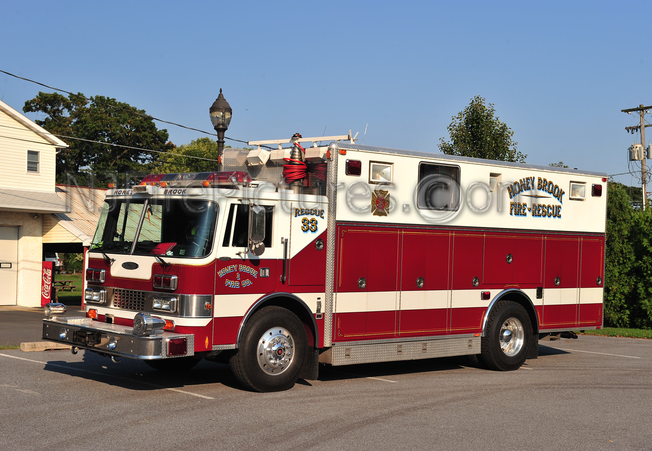 HONEY BROOK, PA RESCUE 33 - 1989 PIERCE LANCE EX-YARDLEY-MAKEFIELD, PA
