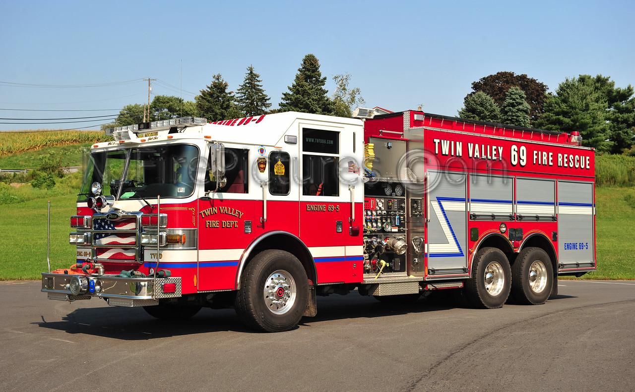 MORGANTOWN, PA TANKER 69 - 2006 PIERCE DASH 1500/3000/40 (TWIN VALLEY FIRE DEPT)