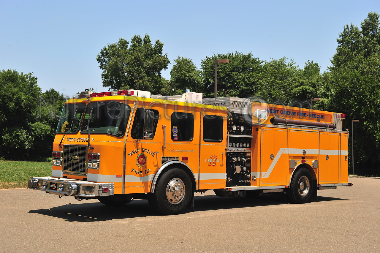 WEST GROVE, PA RESCUE 12 - 1995 EMERGENCY ONE 1500/750