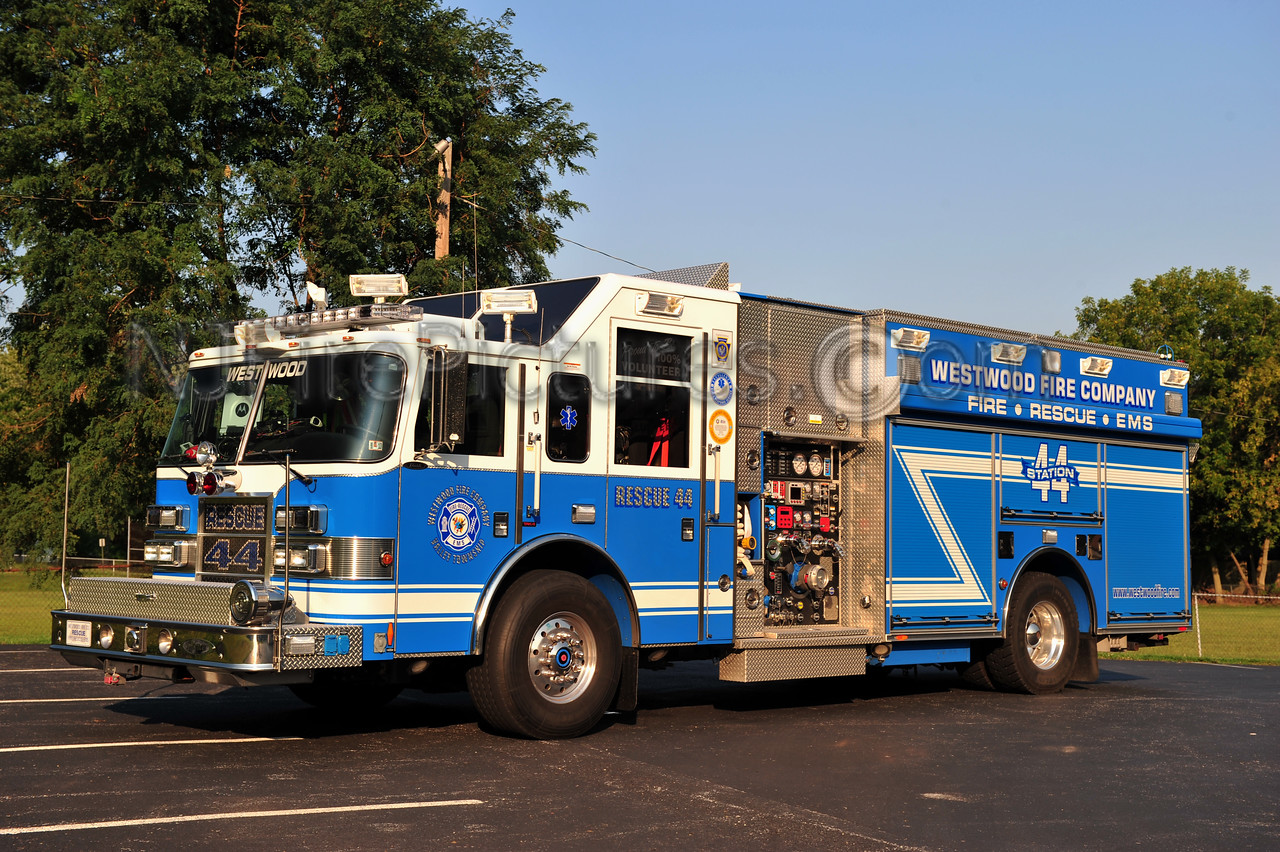 WESTWOOD, PA RESCUE 44 - 2005 PIERCE DASH 2000/700/30/30