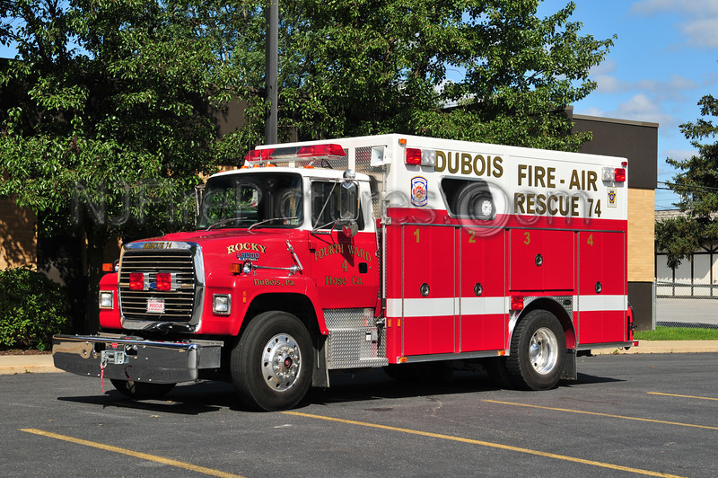 DUBOIS, PA RESCUE 74 - 1990 FORD L8000/EMERGENCY ONE