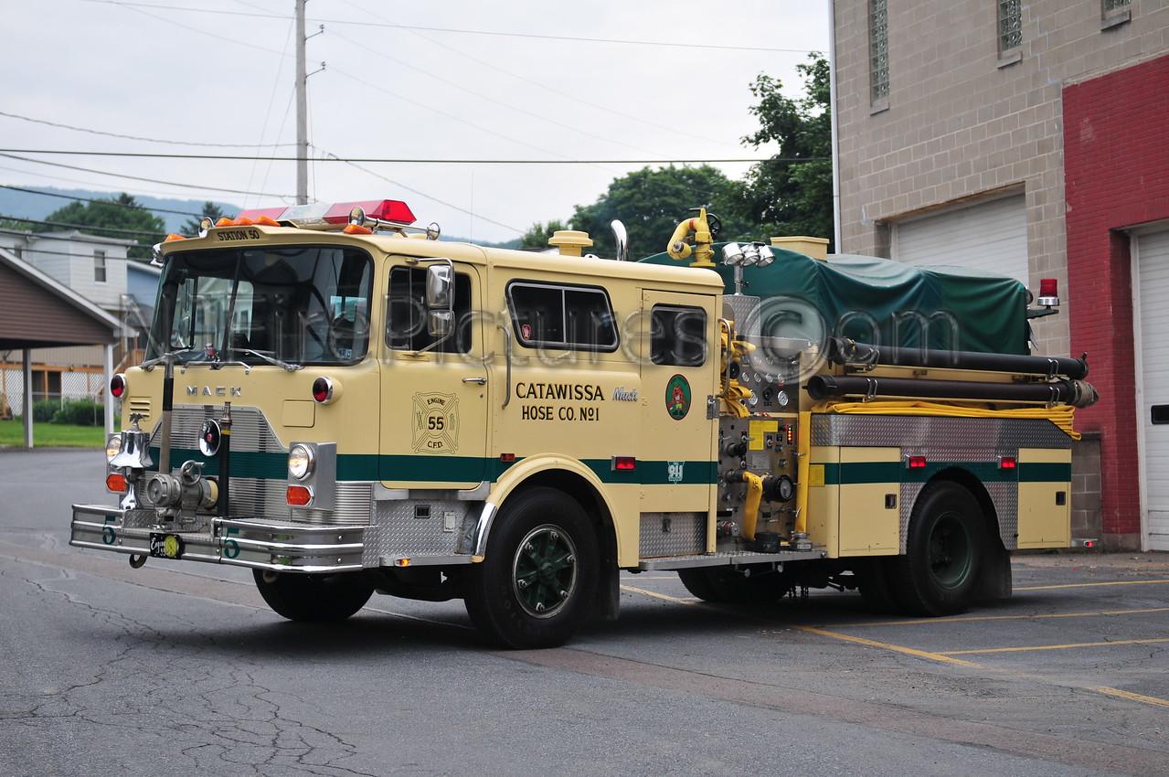 CATAWISSA, PA ENGINE 55 - 1979 MACK CF 1000/500 EX-FDNY ENGINE 38/RESERVE 525