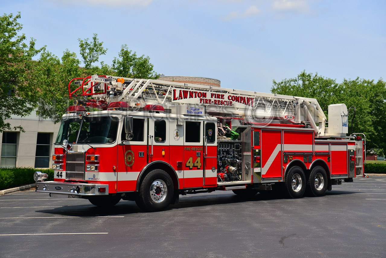 LAWNTON ENGINE 44 - 2000 PIERCE LANCE 1500/500/105'