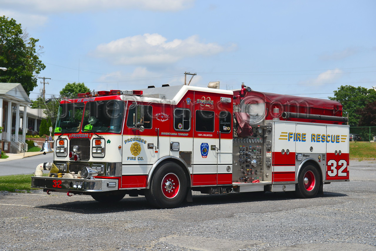 SUSQUEHANNA TWP (PROGRESS FIRE CO.) ENGINE 32-1 - 1997 SEAGRAVE 1750/500
