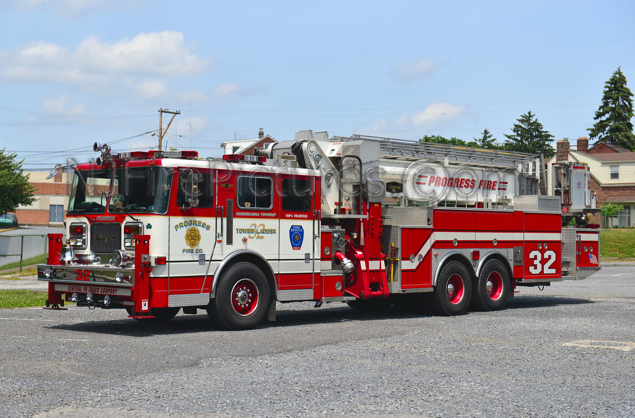 SUSQUEHANNA TWP (PROGRESS FIRE CO.) TOWER 32 - 2001 SEAGRAVE/AERIALSCOPE 95'