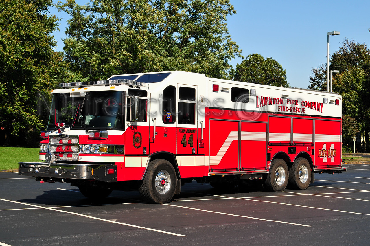 LAWNTON RESCUE 44 - 2008 PIERCE QUANTUM