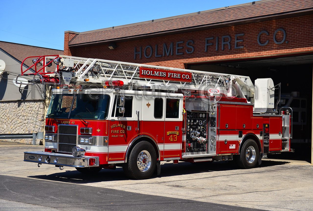 RIDLEY TWP, PA HOLMES FIRE CO.  LADDER 43