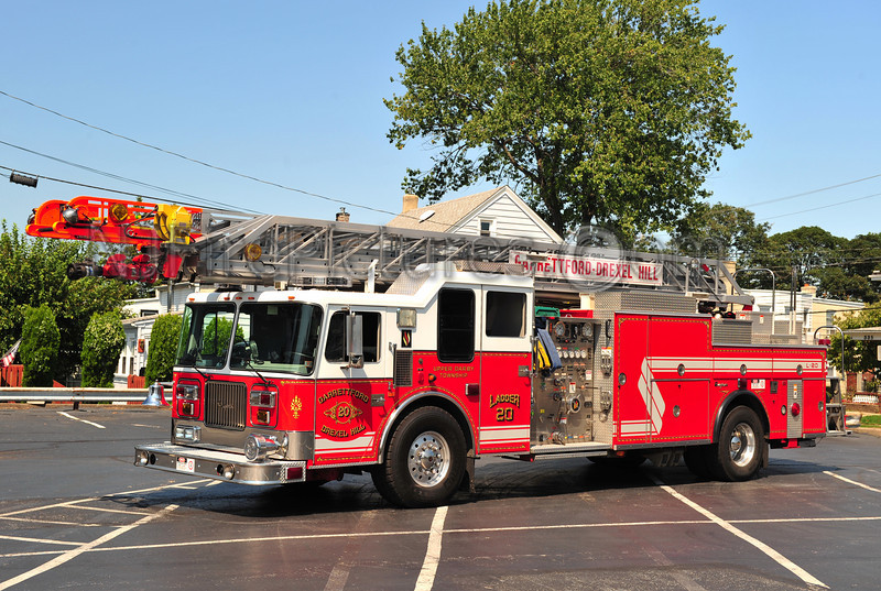 UPPER DARBY TWP (GARRETTFORD-DREXEL HILL) LADDER 20 - 1996 SEAGRAVE 1250/300/100'