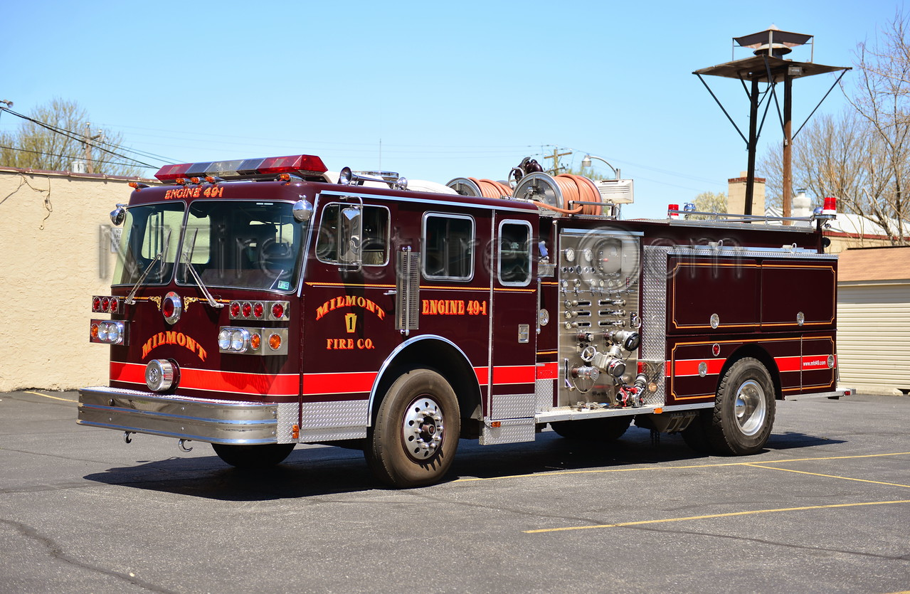 RIDLEY TWP, PA MILMONT FIRE CO. ENGINE 49-1