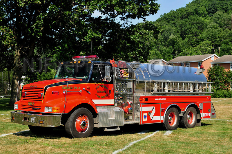 HUNTINGDON REGIONAL FIRE RESCUE TANKER 65-2