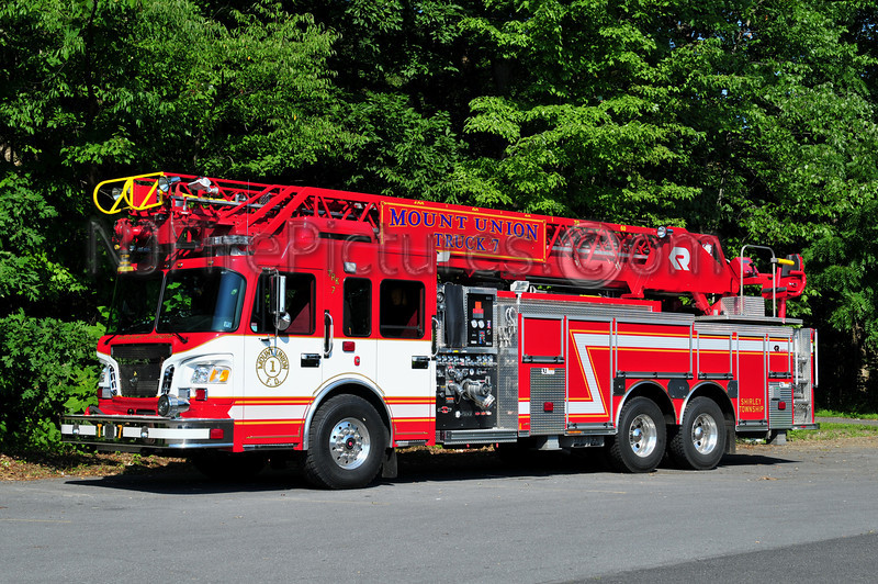 SHIRLEY TWP (MOUNT UNION) TRUCK 7 - 2010 SPARTAN/CENTRAL STATES/ROSENBAUER 1500/300/100'