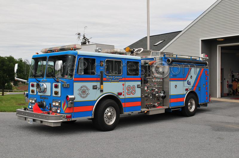 North Lebanon Twp, PA (Weavertown Fire Co.) Engine 28 - 1989 Seagrave 1750/750 Ex-Mount Holly Springs, PA.