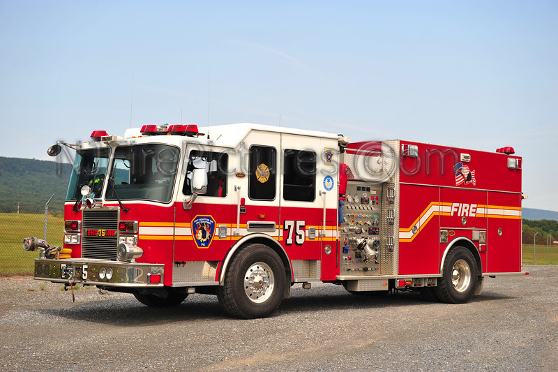 FORT INDIANTOWN GAP ENGINE 75 - 2009 KME PREDATOR 1500/500/40