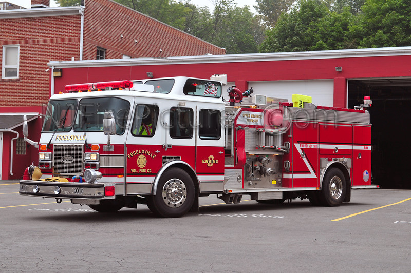 UPPER MACUNGIE TWP (FOGELSVILLE) ENGINE 811 - 1995 EMERGENCY ONE 1500/1000/70A