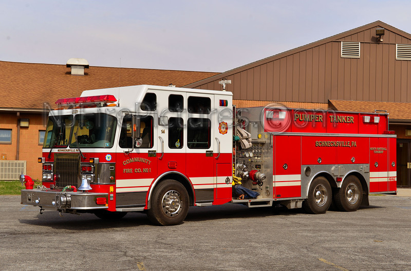 NORTH WHITEHALL TWP, PA SCHNECKSVILLE FIRE CO TANKER 2221
