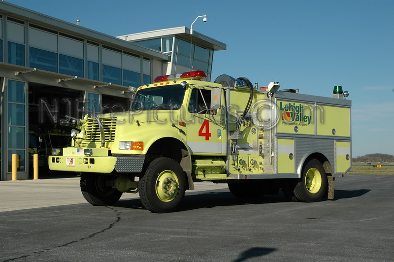 Lehigh Valley International Airport - Crash 4 - 1993 International/Crash Rescue 500/500/250-Drychem/300AFFF